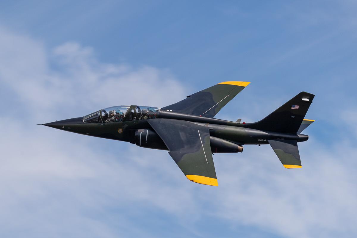 IMAGE: http://www.lj3.com/1dx2/Dassault-Dornier_Alpha_Jet.jpg