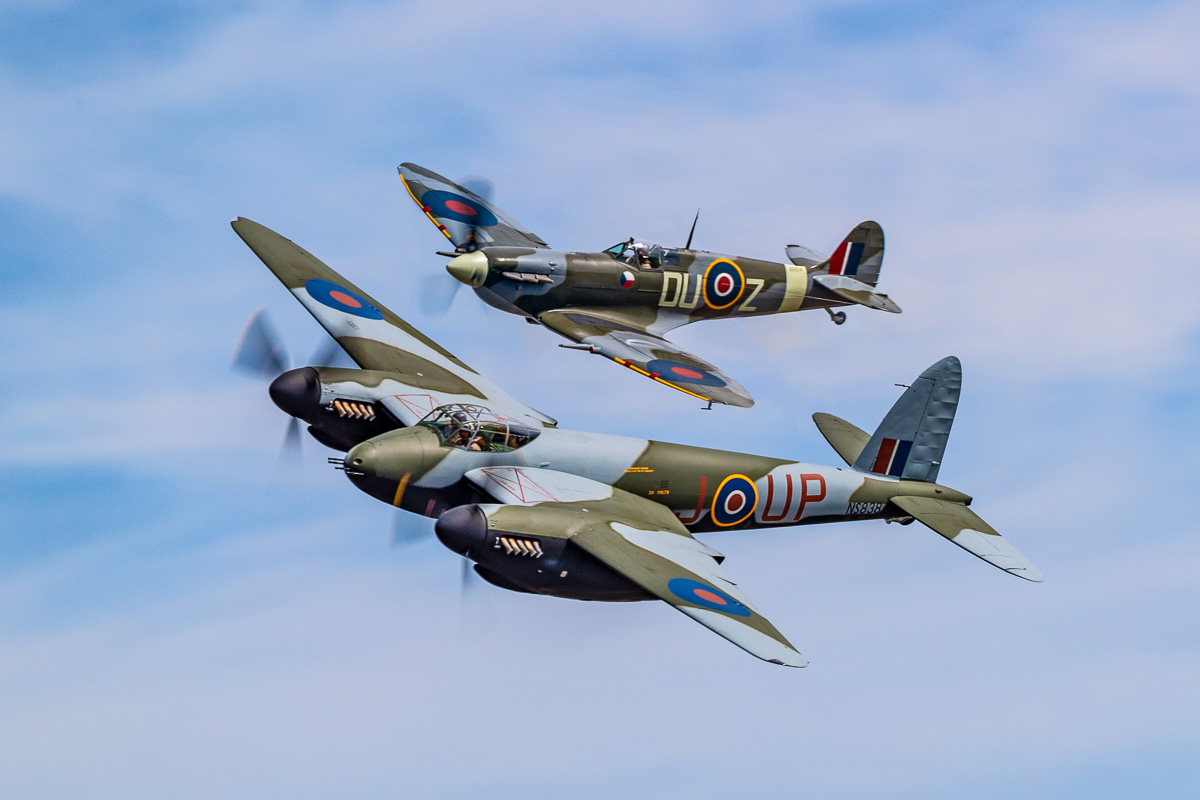 IMAGE: http://www.lj3.com/1dx2/mosquito_and_spitfire.jpg