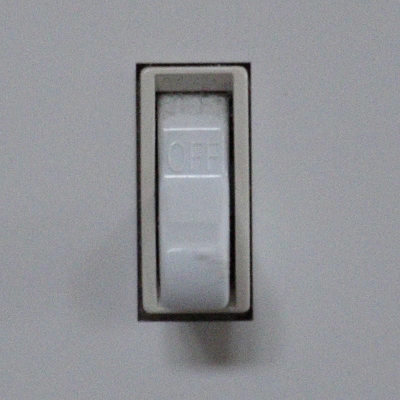IMAGE: http://www.lj3.com/misc/ISOComp/01600_2_7D2_4.jpg