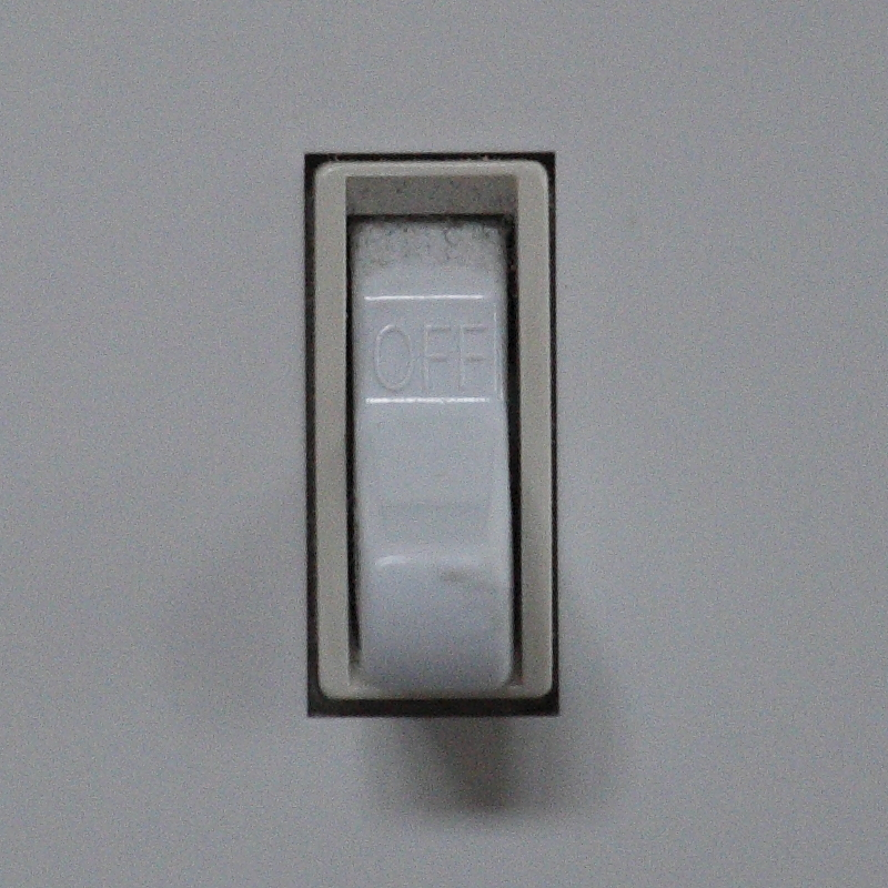 IMAGE: http://www.lj3.com/misc/ISOComp/01600_3_5D3_4.jpg