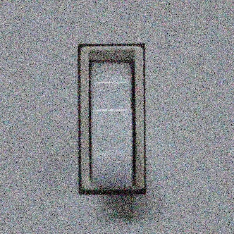 IMAGE: http://www.lj3.com/misc/ISOComp/12800_1_70D_7.jpg